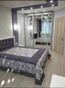 Оренда 1 кімнатної квартири Новобудова Центер Євроремонт авт.оп  (Ціна 8500+км.п авт.оп)