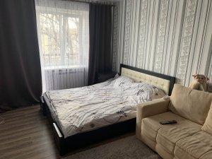 Оренда 1 Кімнатної квартири р-н. ЖД Вокзалу Євроремонт,меблі, побутова техніка Ціна 5000+Км.п Здана