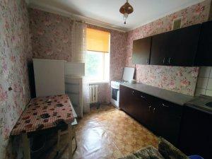 Оренда 1 Кімнатної квартири пр. Соборності Житловий стан, меблі, побутова техніка Ціна 5000+км.п Здана
