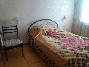 Оренда 2 кімнатної квартири пр. Соборності Ціна 5000+км п